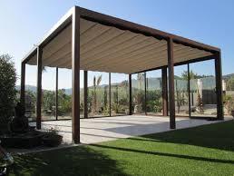 la estructura de las prgolas plegables es muy sencilla no necesita techos con muchas vigas atravesadas ni hierro cruzados para atar las lonas